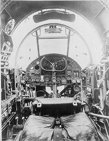 Hampden_cockpit_WWII_IWM_CH_1207